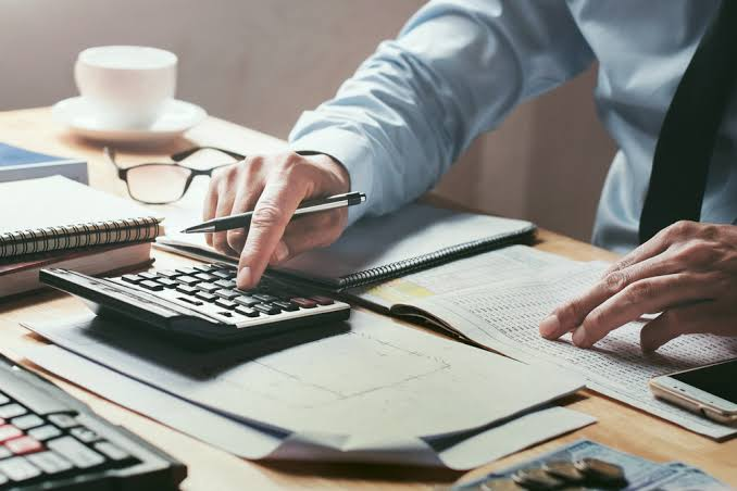 Here's how you can hire an ideal bookkeeper for your business